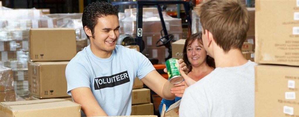 Volunteer at the Guelph Food Bank